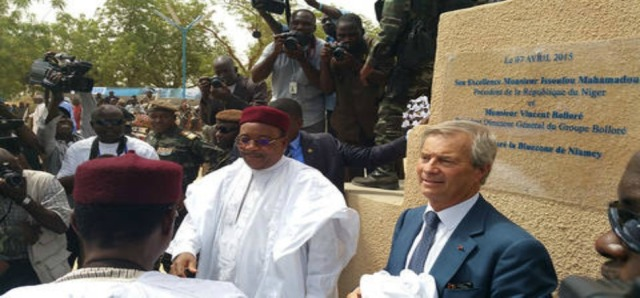 inauguration-bluezone-niamey-issoufou-et-bollore-08